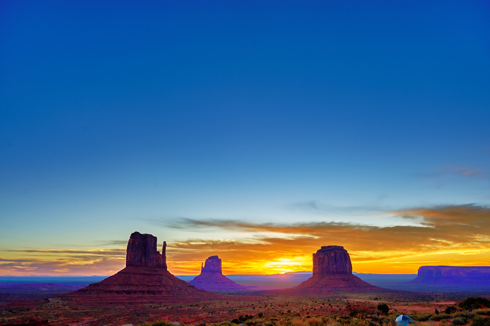 Monument Valley Arizona Dawn